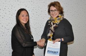 NRLs leder Ellinor Marita Jåma (t.v.) og Statens forhandlingsleder Anne Mari Glosli